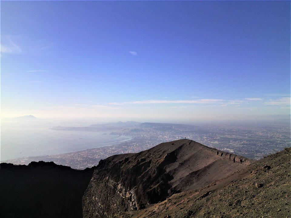 <strong>Sentiero degli Dei e cratere del Vesuvio</strong>