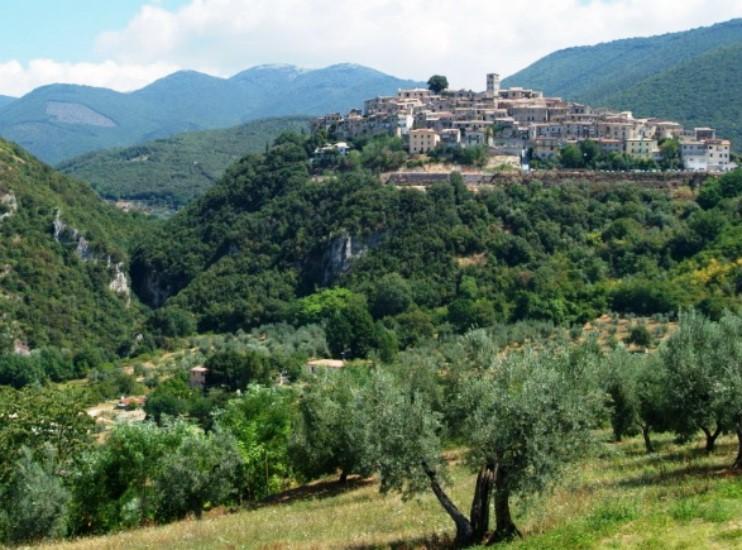 <strong>Anello di Casperia sui Monti Sabini</strong>